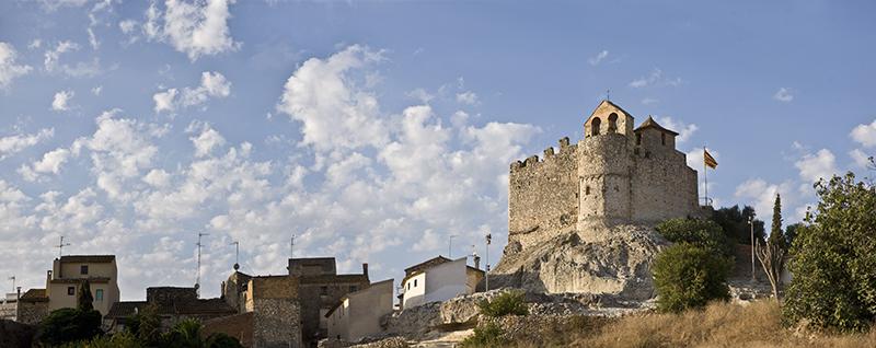 12 - Vista general del castell 2 (retoc)
