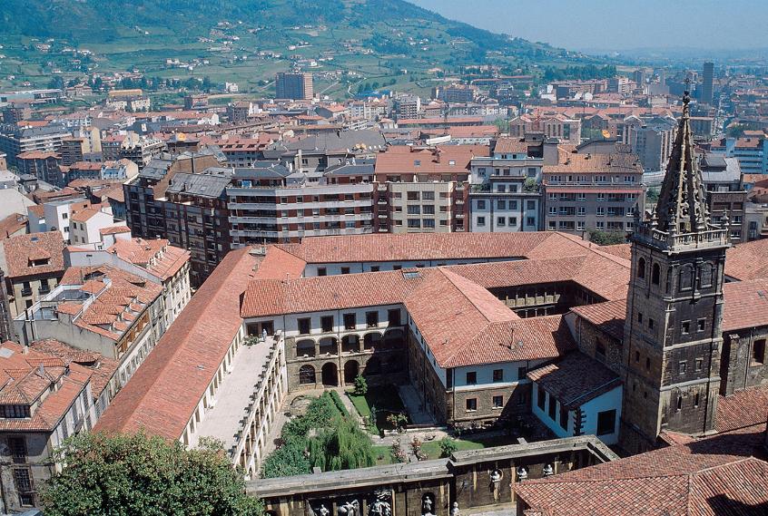 Vista aérea de Oviedo (Oviedo)